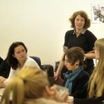 """Inga Alice Lauenroth im Workshop: """"Eure Fotos sollen dem Betrachter ganze Geschichten erzählen, auch ohne Worte."""""""